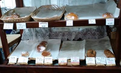 パンとケーキの店 ブランチ 店内1