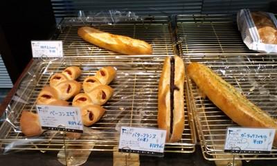 カフェ・デ・パン ファータ(FARTA) 沖縄小禄店の店内雰囲気4