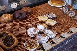 ボンジュール那覇店のパン写真画像2