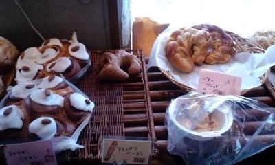 パリのパン屋さんボンジュール本店の店内雰囲気14