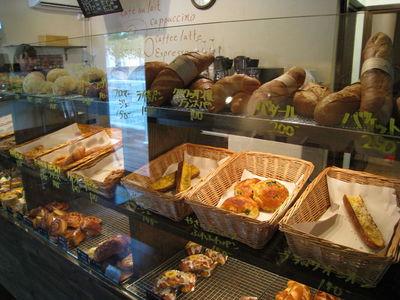 パリのパン屋 ボンジュールのパンコーナー2