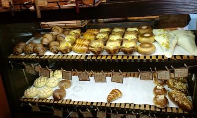 秀のパン工房 窯の店内2