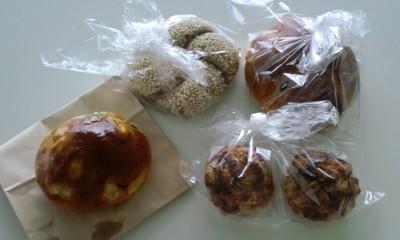 秀のパン工房 窯のパン1
