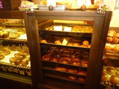 秀のパン工房のパンコーナー1
