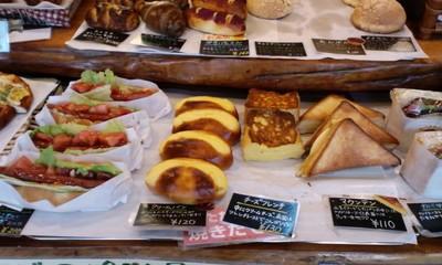 カバのパン屋さんの店内9
