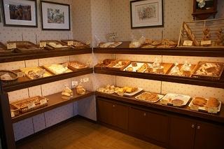 ベーカリーコナーのパンコーナー