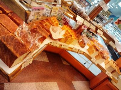 フレッシュベーカリー ラ・パンのパンコーナー