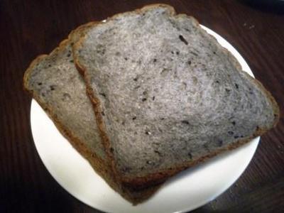 パン工房Paoの黒ゴマ食パン