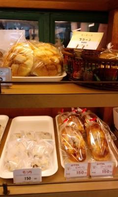 焼き立てのパン シモンベーカリー 店内5