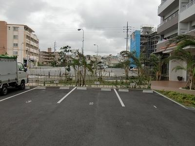 焼きたてパン ソルボンヌの駐車場